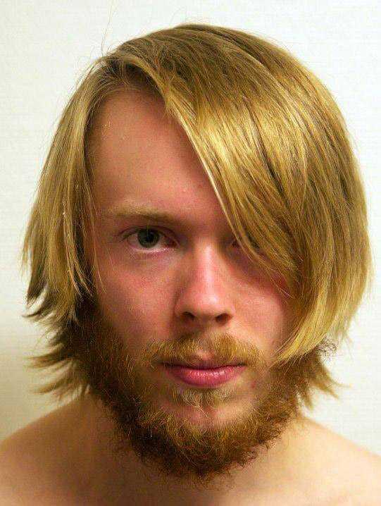 Namn: Joakim Zachrisson. Bor: Linköping. Favoritlag: AIK.