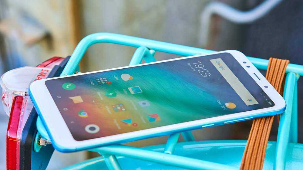 Xiaomi Redmi 5 Plus är en billig och bra telefon.