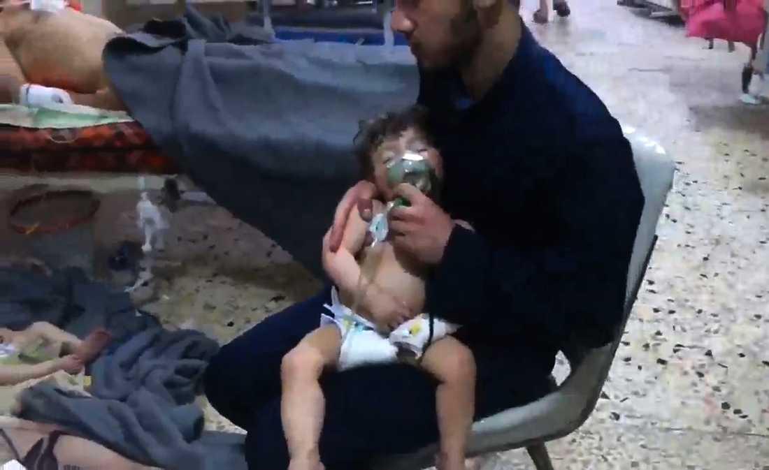 Den misstänkta kemvapenattacken i Douma krävde fler än 70 människoliv.