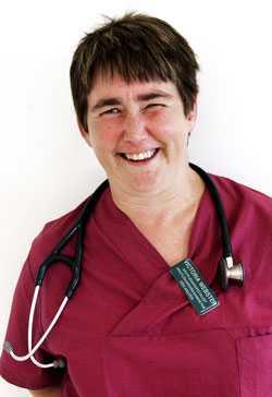Efter fem och ett halvt år hade Victoria klarat av läkarutbildningen och tvivlarna fick därmed svar på tal.