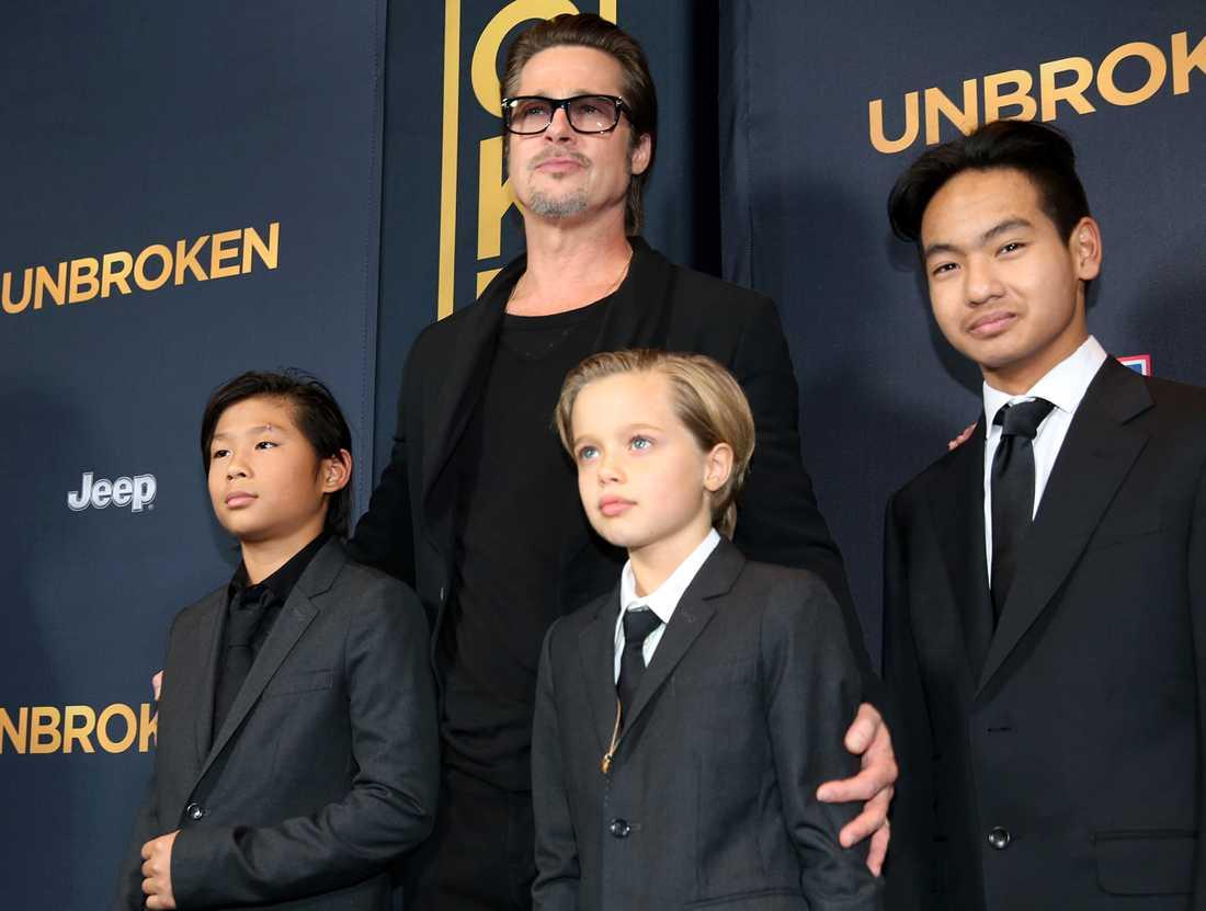 Pax, Brad, Shiloh och Maddox.