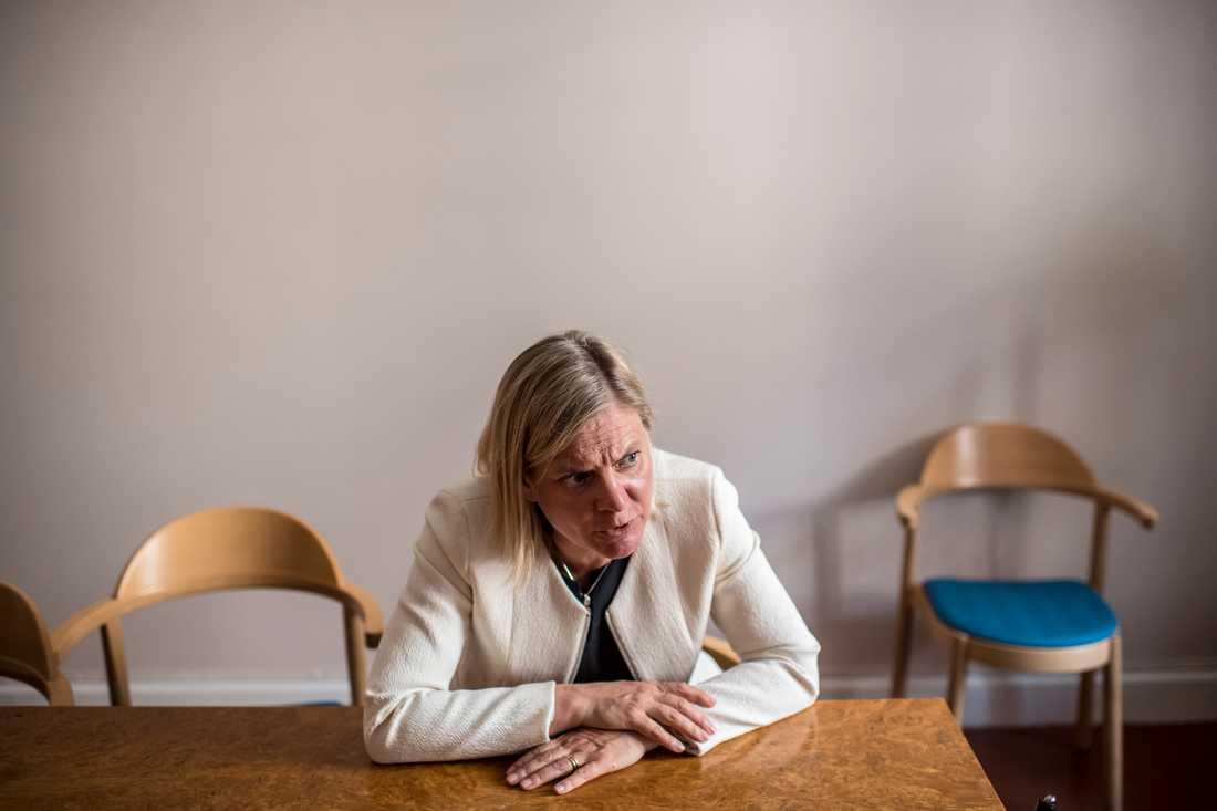 Finansminister Magdalena Andersson anser att skärpningarna av migrationspolitiken är helt nödvändiga.