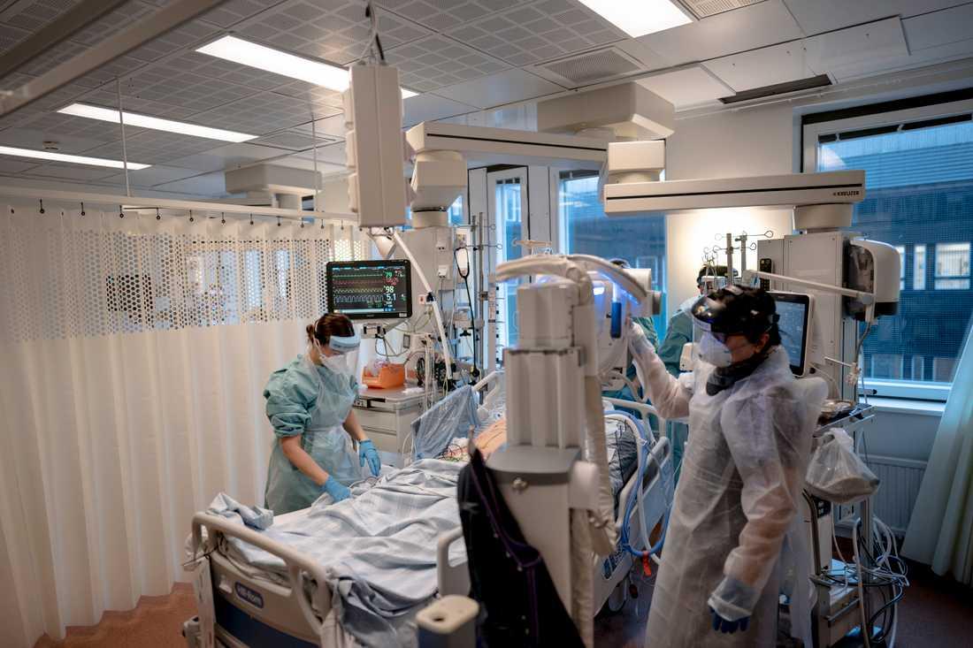 Intensivvårdsavdelning för covid-19-patienter på Östra sjukhuset i Göteborg. Arkivbild.