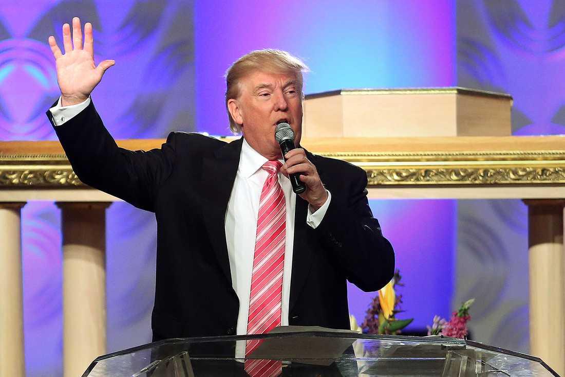 Donald Trump talade i Great Faith Church i Detroit –för första gången inför en till största delen svart publik.