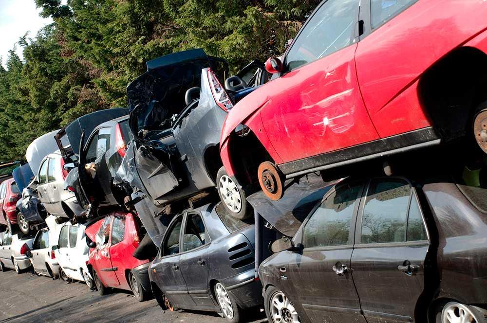 Rabatter ska få folk att skrota sina gamla bilar.