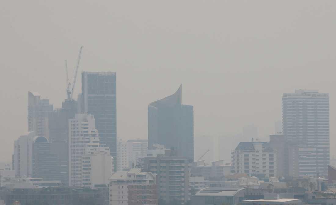 Bangkok har svepts in i smog.