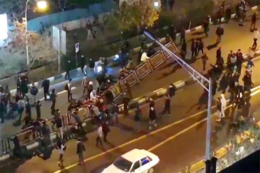 Gatubild från Teheran som släppts av den iranska nyhetsbyrån Mehr News.