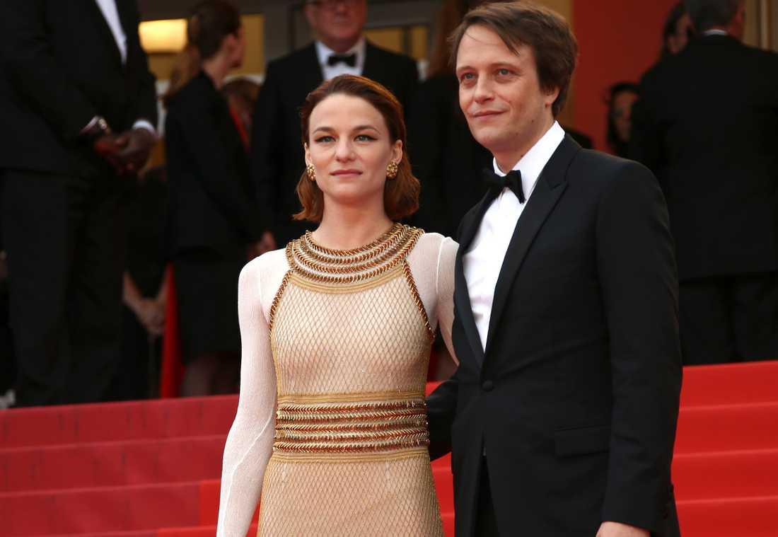 August Diehl med kollegan Valerie Pachne på röda mattan i Cannes.