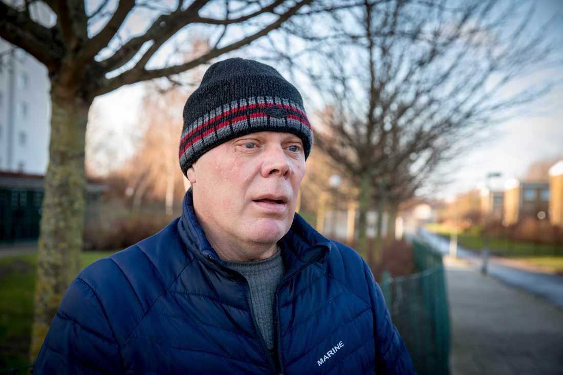 """""""Min sambo ska säga till min dotter nu att inte gå hem själv på kvällarna"""", säger Hans Thomasson, boende i området."""