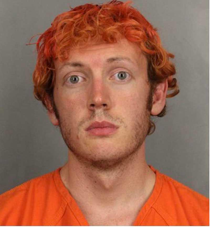 FÖRSTA BILDEN Polisens bild på James Holmes strax efter gripandet.