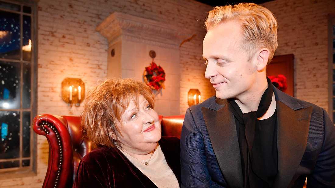 Andreas Weise med julvärden Marianne Mörck.