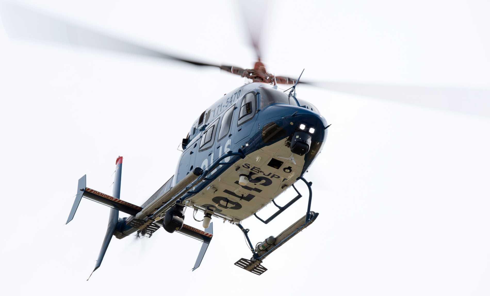 Polishelikoptern blev beskjuten med grön laser när den flög över Segeltorp. Arkivbild.