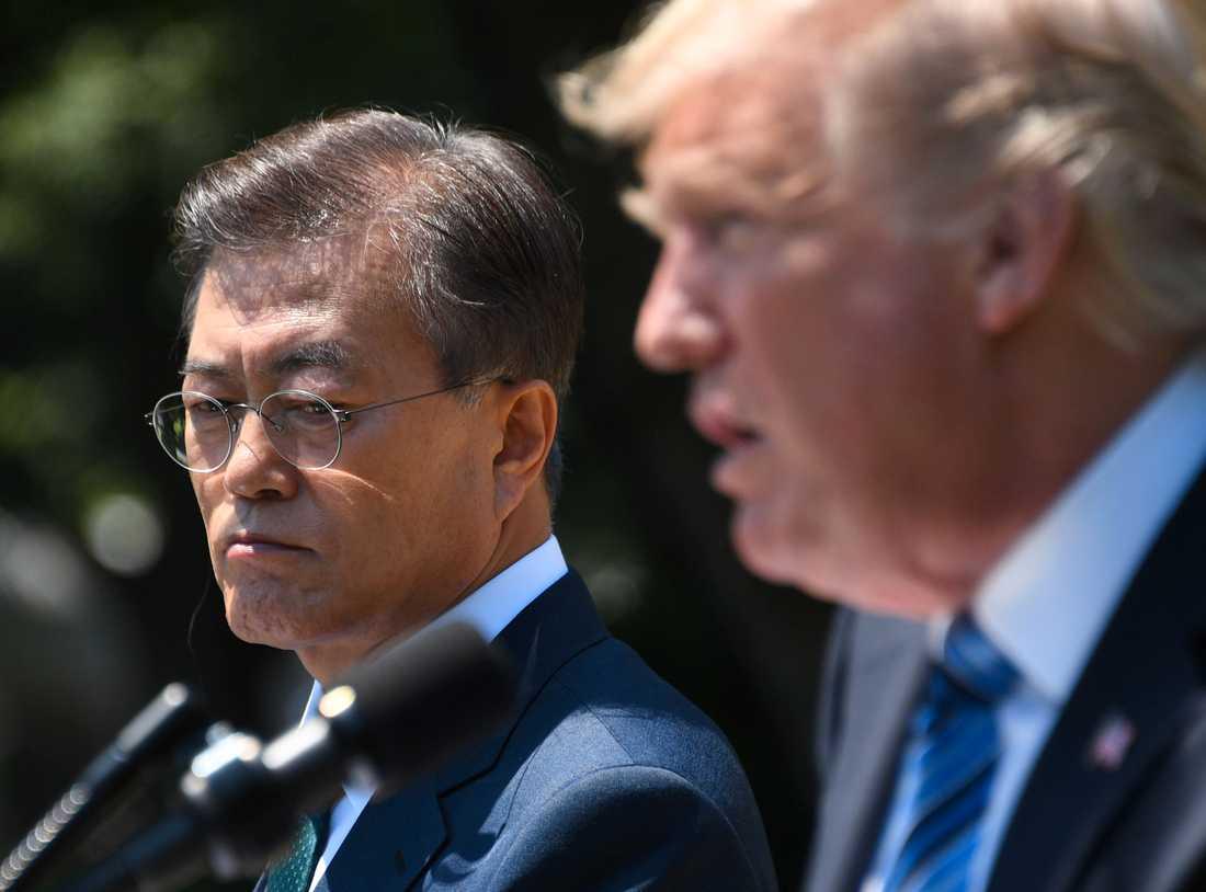 USA:s president Donald Trump höll presskonferens tillsammans med Sydkoreas president Moon Jae-in utanför Vita huset.