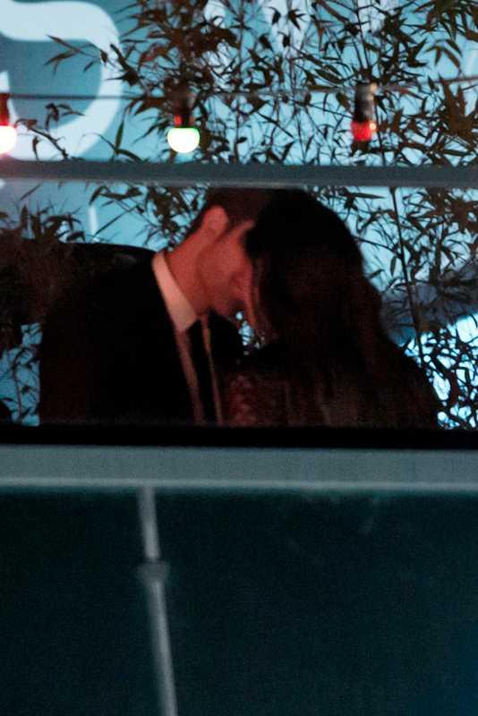 Under de fyra åren de har varit ett par har de sällan visat sin kärlek öppet, men i Cannes gjorde de ett undantag.