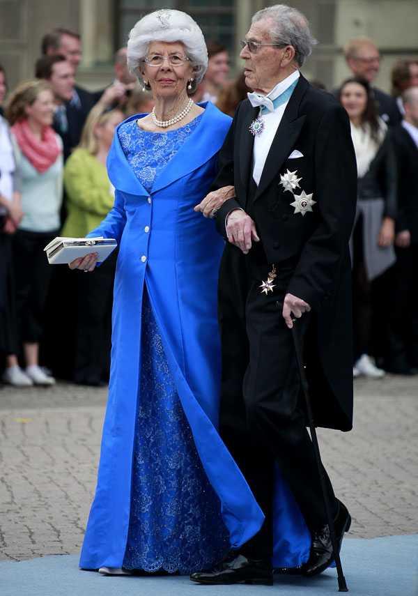 Carl Johan Bernadotte och Gunnila tillsammans på kronprinsessan Victoria och prins Daniels bröllop.