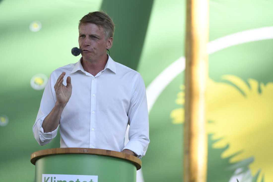 Per Bolund höll sitt första tal i Almedalen som partiledare.