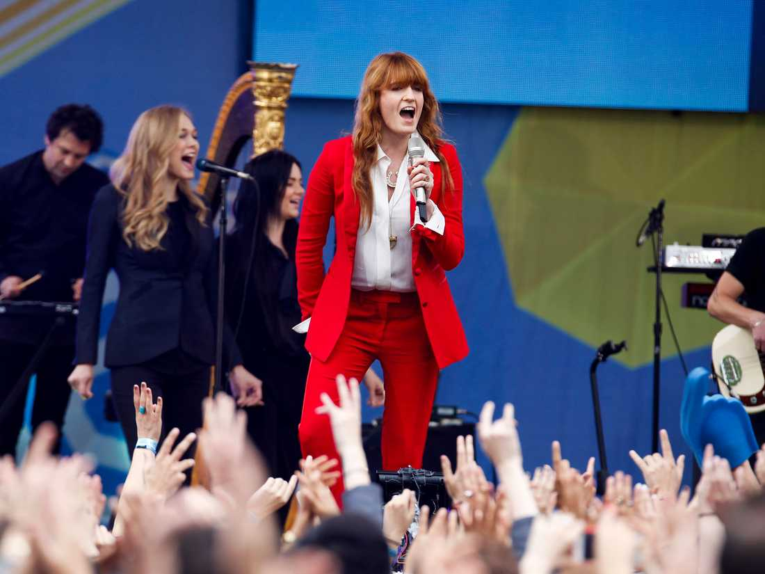 Florence + The Machine in action.