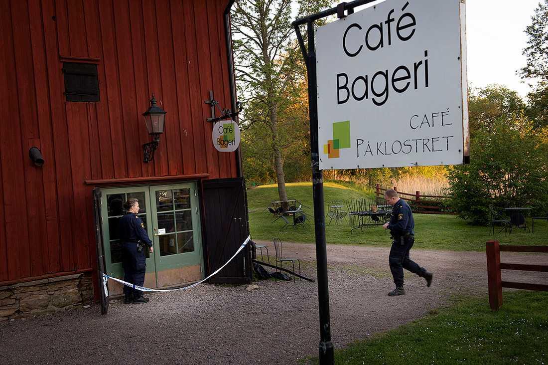 """17-åriga Lisa Holm försvann på väg hem från sitt jobb på """"Café på Klostret"""" i Blomberg på Kinnekulle den 7 juni 2015."""
