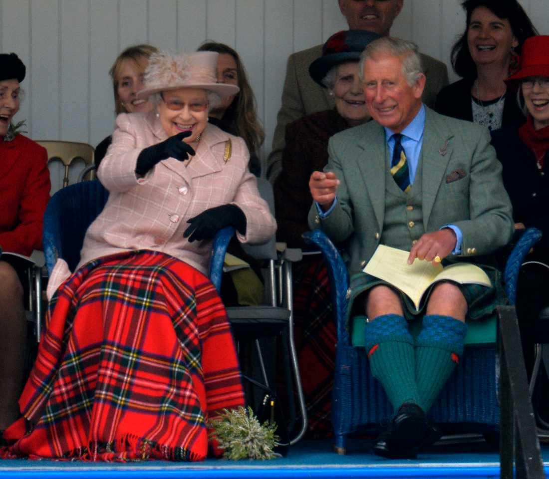 """Prins Charles ska enligt uppgifter ha träffat sin pappa, prins Philip, förra veckan för att diskutera drottningens """"pension""""."""