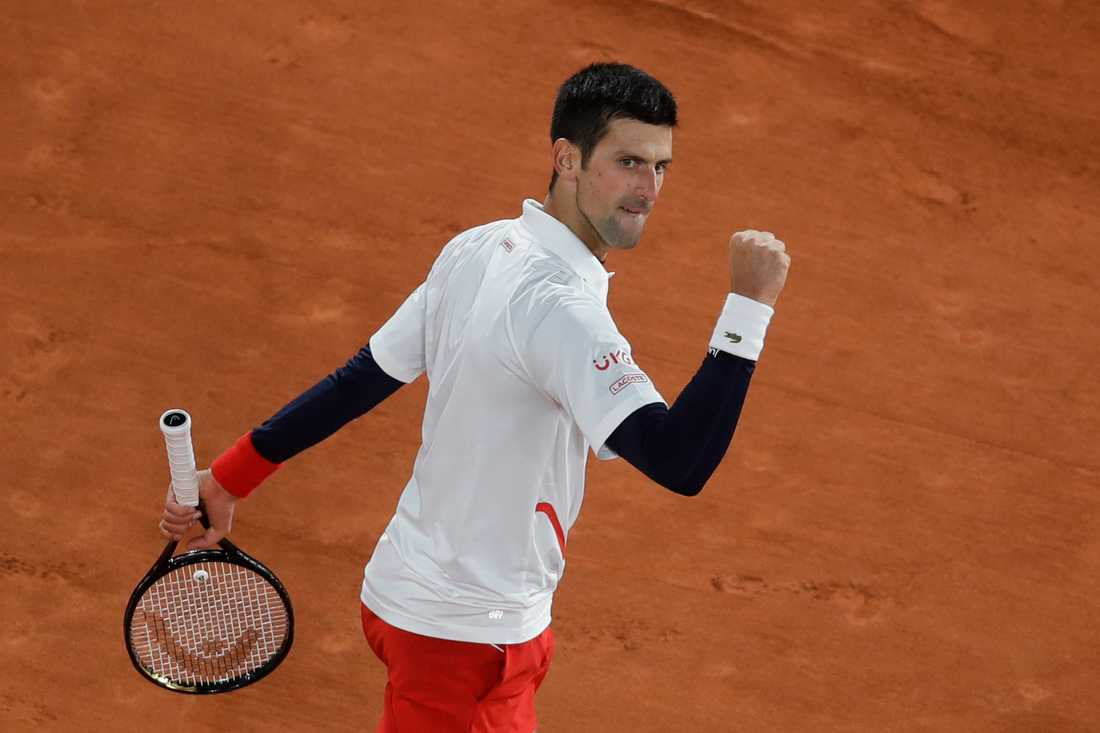 Novak Djokovic i kvartsfinalen i Paris.