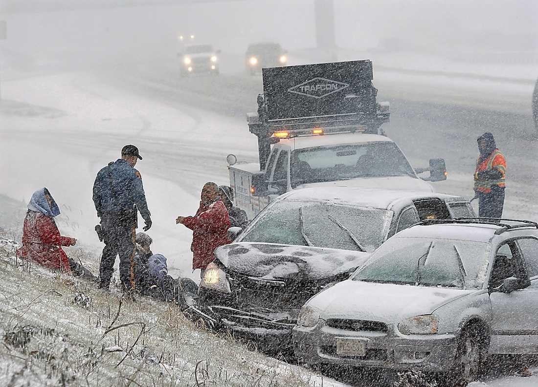 Columbus, New Jersey En av många trafikolyckor längs USA:s norra östkust i går.