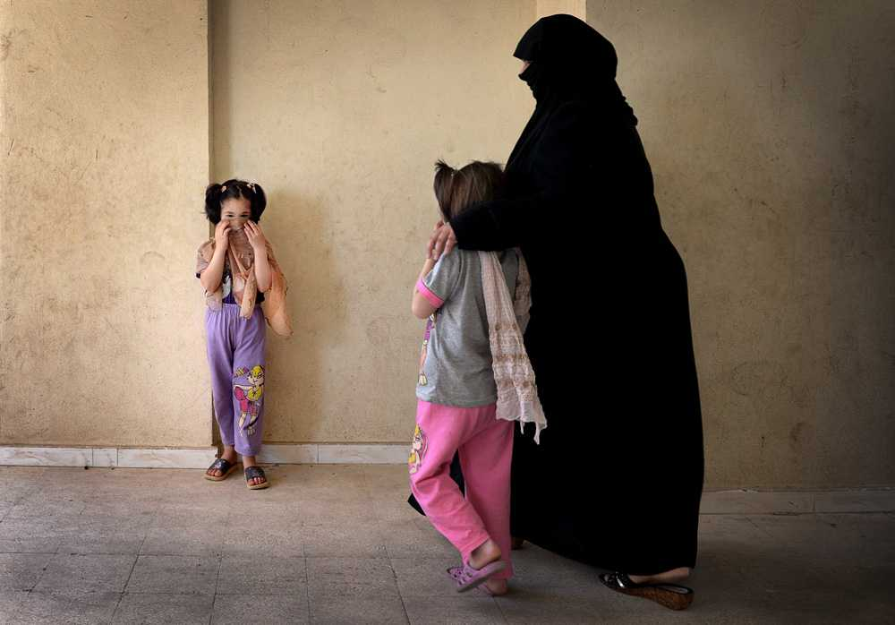 Omrahees döttrar Samira och Suaad såg sin kamrat dödas.