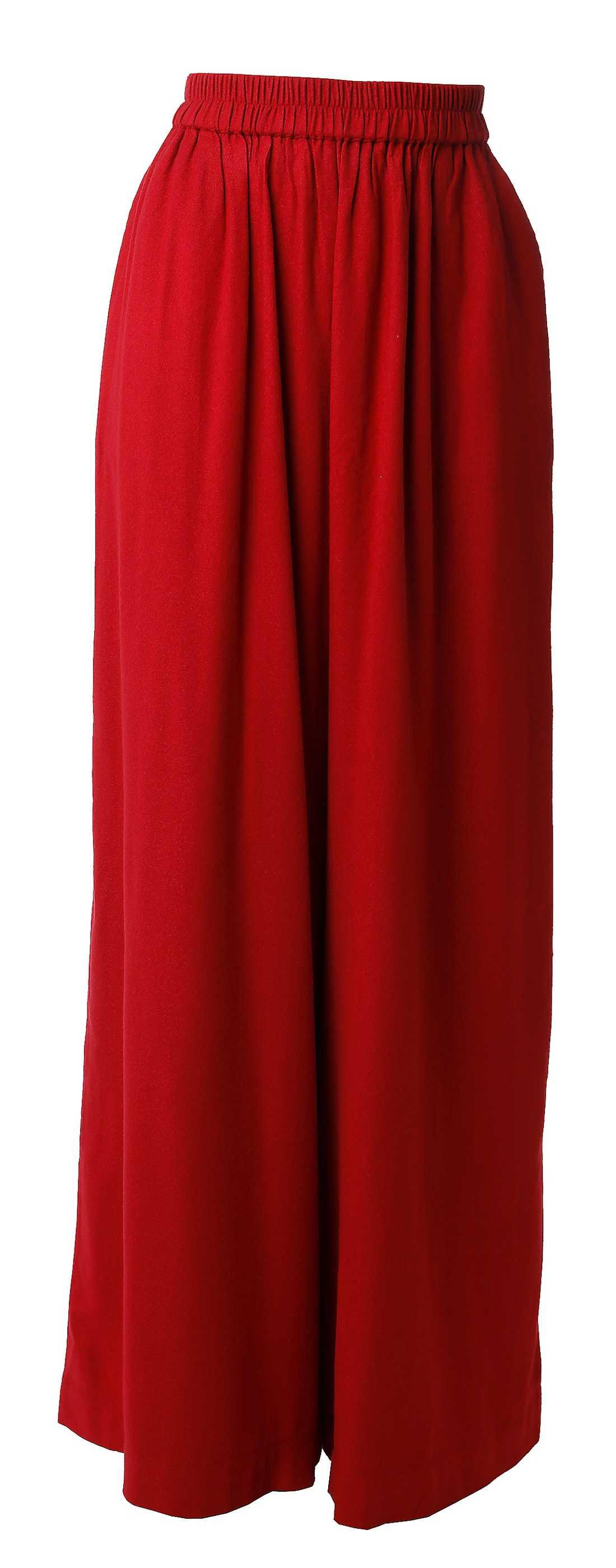 Rött Rodebjer. 1 599 kr