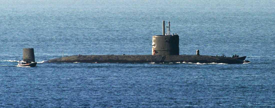 Brittiska ubåten HMS Tireless kallades också in i sökandet efter MH370.