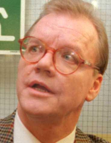 Harald Ullman, gift med Karin Jonsson som skulle sparkas.