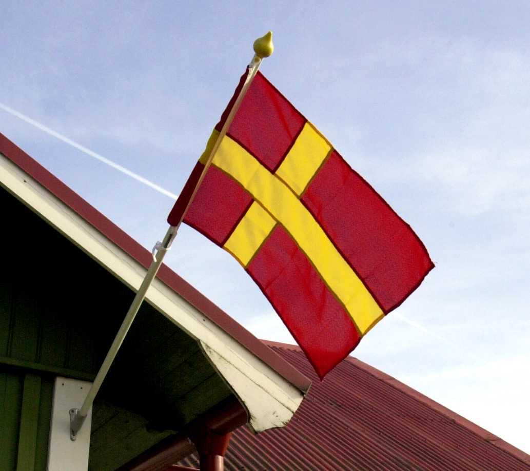Den skånska flaggan har länge debatterats.