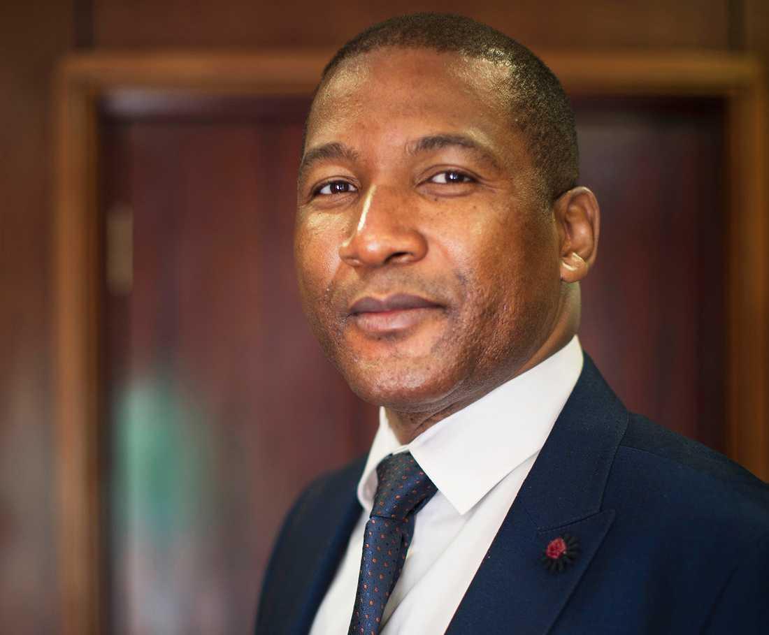 Botswanske oppositionsledaren Duma Boko lovar att riva upp JAS-affären om han vinner valet nästa år.