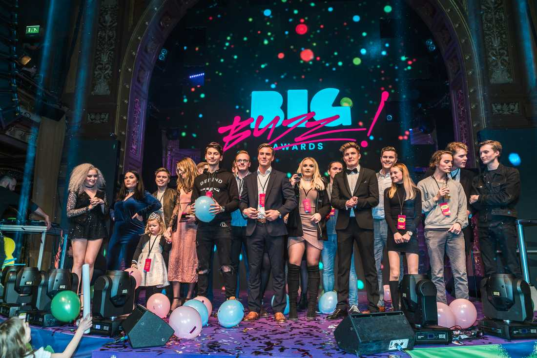 De första mottagarna av det nyinstiftade priset Big Buzz Awards presenterades på söndagen under en utsåld gala i Stockholm