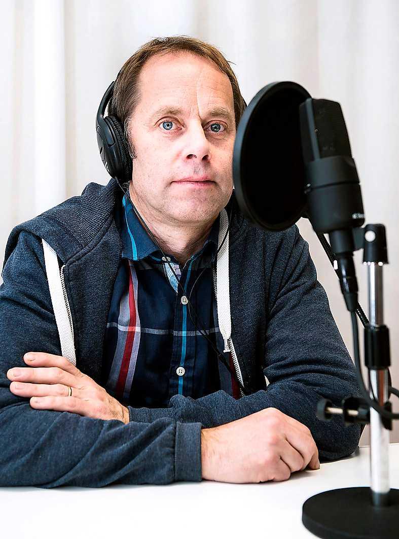 Petter Lindgren i studion.