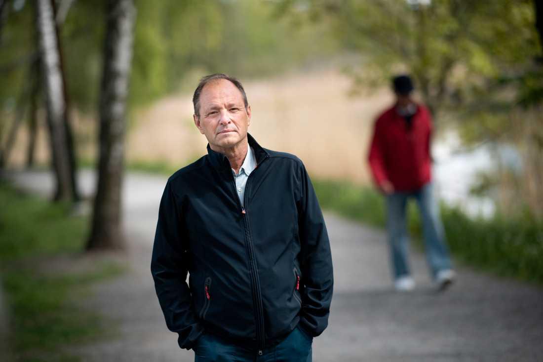 """""""Tbe överförs direkt när fästingen biter, den är inte som borrelia som tar 12–24 timmar"""", säger Björn Olsen, professor i infektionssjukdomar vid Uppsala universitet."""