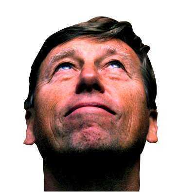 Namn: Bengt Johansson. Ålder: 57 år. Familj: Hustrun Ann-Christine, barnen Petter, Camilla och Andreas. Bor: Villa i Söndrum utanför Halmstad. Yrke: Förbundskapten i handboll. Landskamper som spelare: 83. Klubbar som spelare: Halmstad, Hellas, Drott. Meriter: 1990: VM-guld, 1992: OS-silver, 1993: VM-brons, 1994: EM-guld, 1995: VM-brons, 1996: OS-silver, 1997: VM-silver, 1998: EM-guld, 1999: VM-guld, 2000: EM-guld, OS-silver. 2001: VM-silver. Foto: NICLAS HAMMARSTRÖM