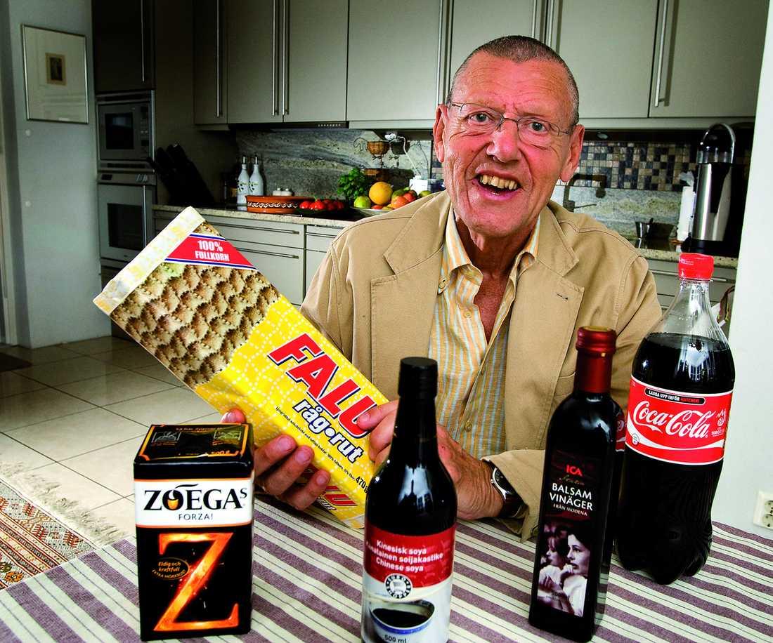 """Varnar """"När jag var liten fick man veta att knäckebröd var det bästa man kunde äta"""", säger Stig Bengmark. Nu höjer han ett varningens finger för den bruna maten som kan göra dig gammal i förtid."""