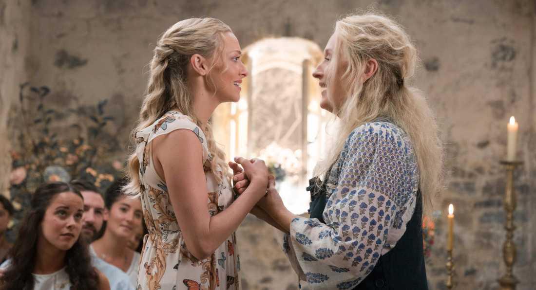 """Amanda Seyfried och Meryl Streep i """"Mamma mia: Here we go again""""."""