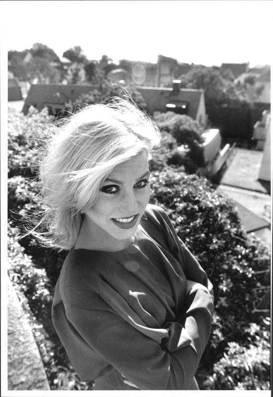 föddes på gotland Josefin Nilsson blev 46 år. Här syns hon på en bild från 1989, 20 år gammal.