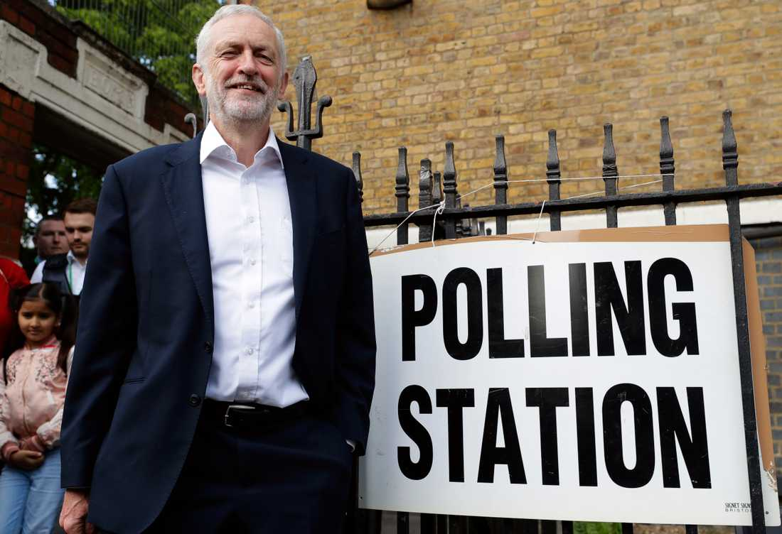 Labourledaren Jeremy Corbyn – här under EU-valet i maj – utmanar nu näste Toryledare att våga utlysa en ny folkomröstning om EU-medlemskap.