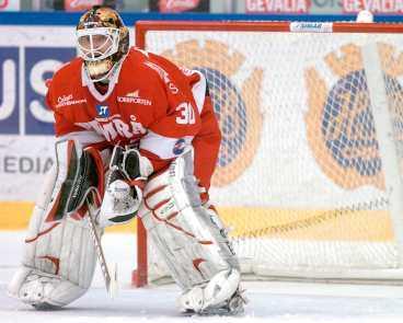 VÄGGEN Miikka Kiprusoff höll nollan i går och hade stor del i segern mot Brynäs.