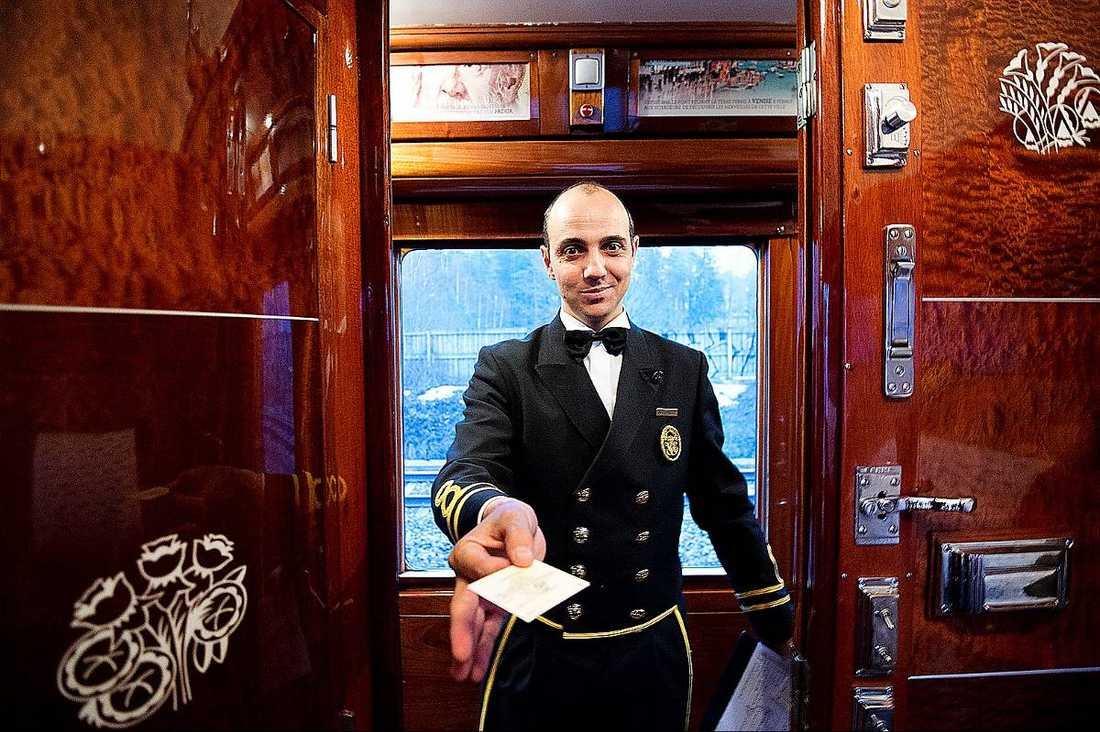 """Från sekund ett var det perfekt service. """"Det är rena privilegiet att få jobba ombord"""", säger Davide Delavalle."""