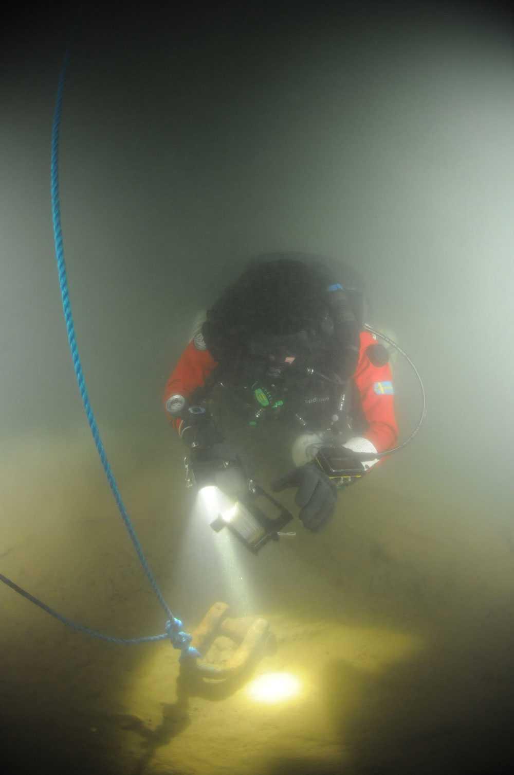 En av teamets dykare.