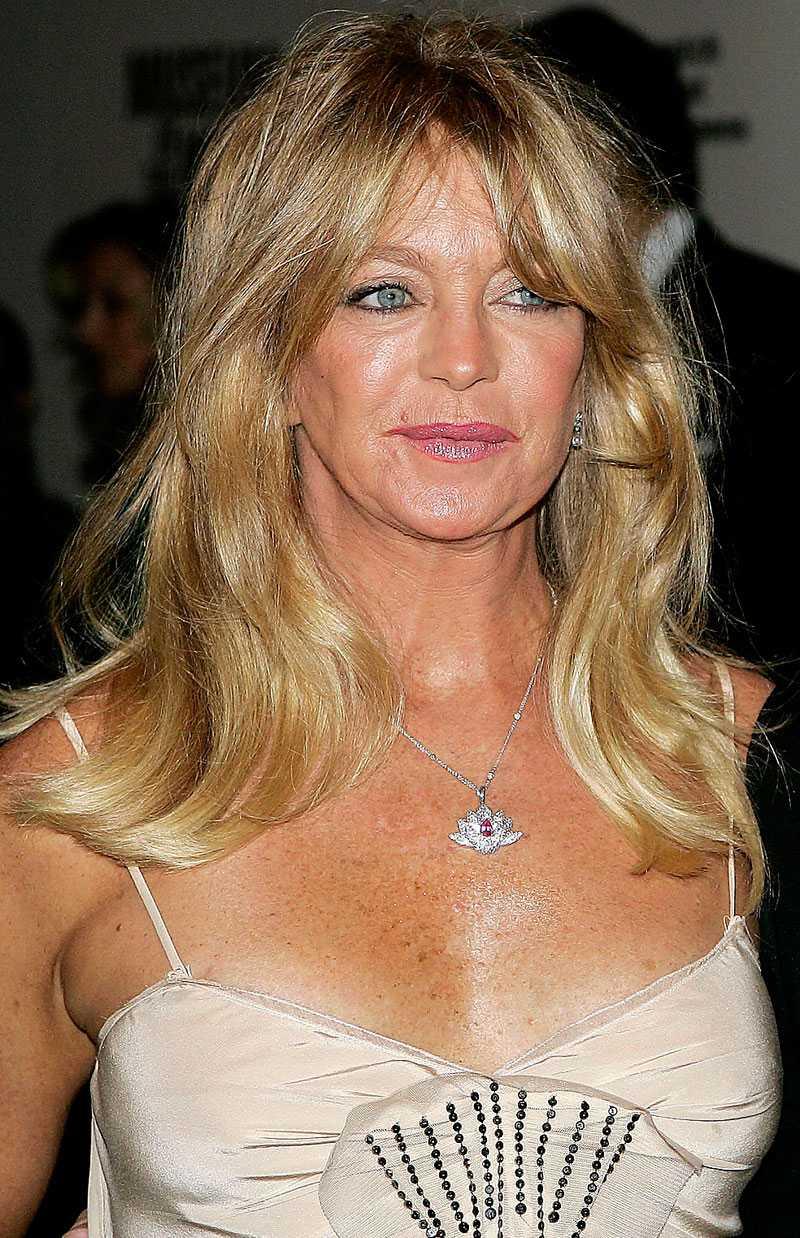 riskerar avslöjande Goldie Hawns exman skriver i en ännu inte släppt biografi att de hade maratonsex i tolv timmar.