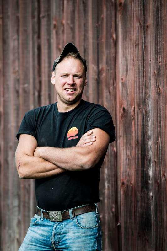 Blondinskämt på gården Stefan Hildingsson.