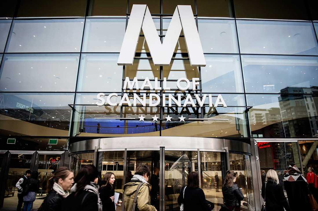 Mall of Scandinavia, belägen intill Friends Arena i Solna, invigdes i november 2015.