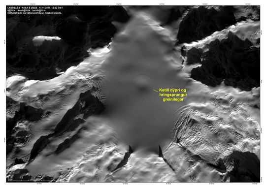 Satellitbild över Öraefajökull tagen den 18 november.