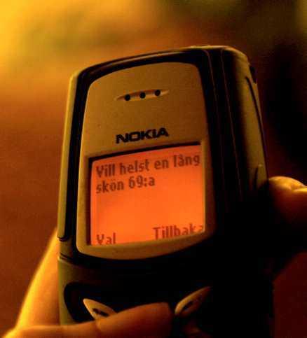 ...och heta kärleks-sms - ett kärleksrecept som heter duga.