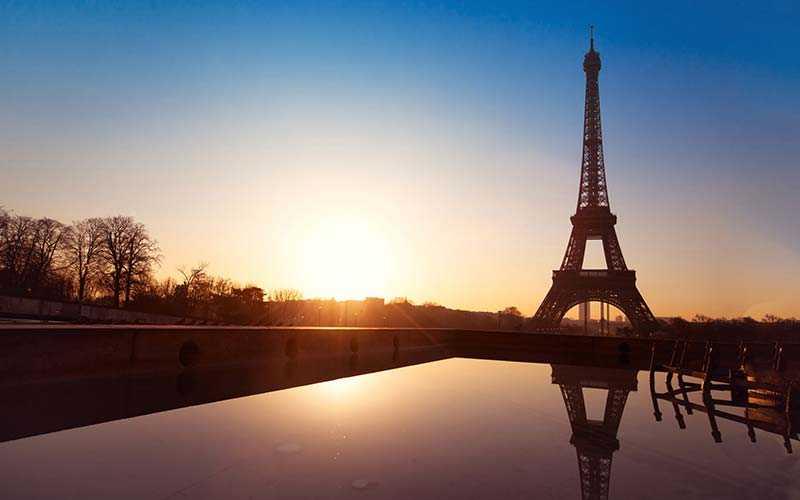 1 282 kronor låg snittpriset för en hotellnatt i Paris i februari
