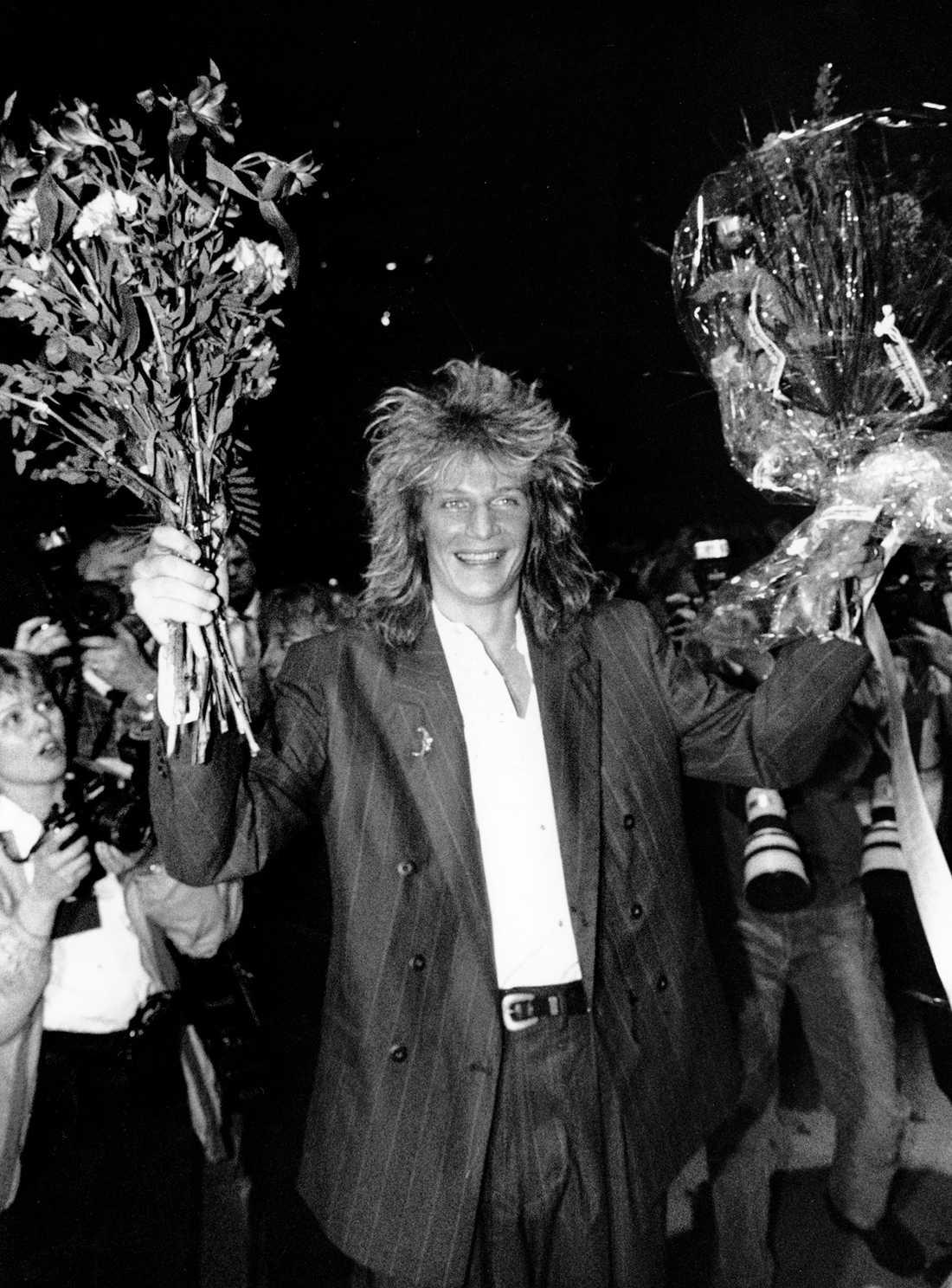 """1989 Tommy Nilsson vinner Melodifestivalen med """"En dag""""."""