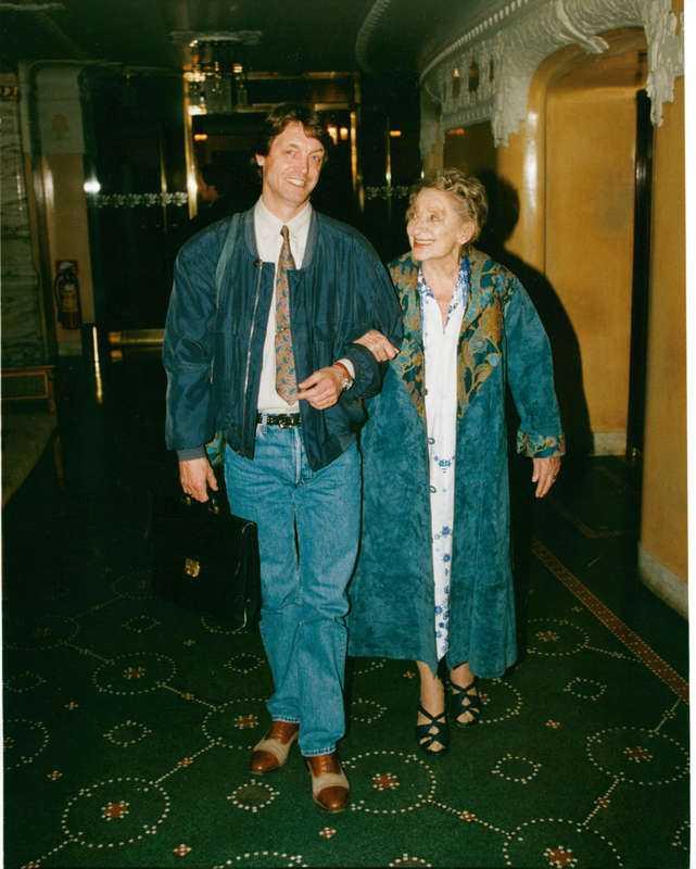 Brost med sin mamma Gudrun Brost.